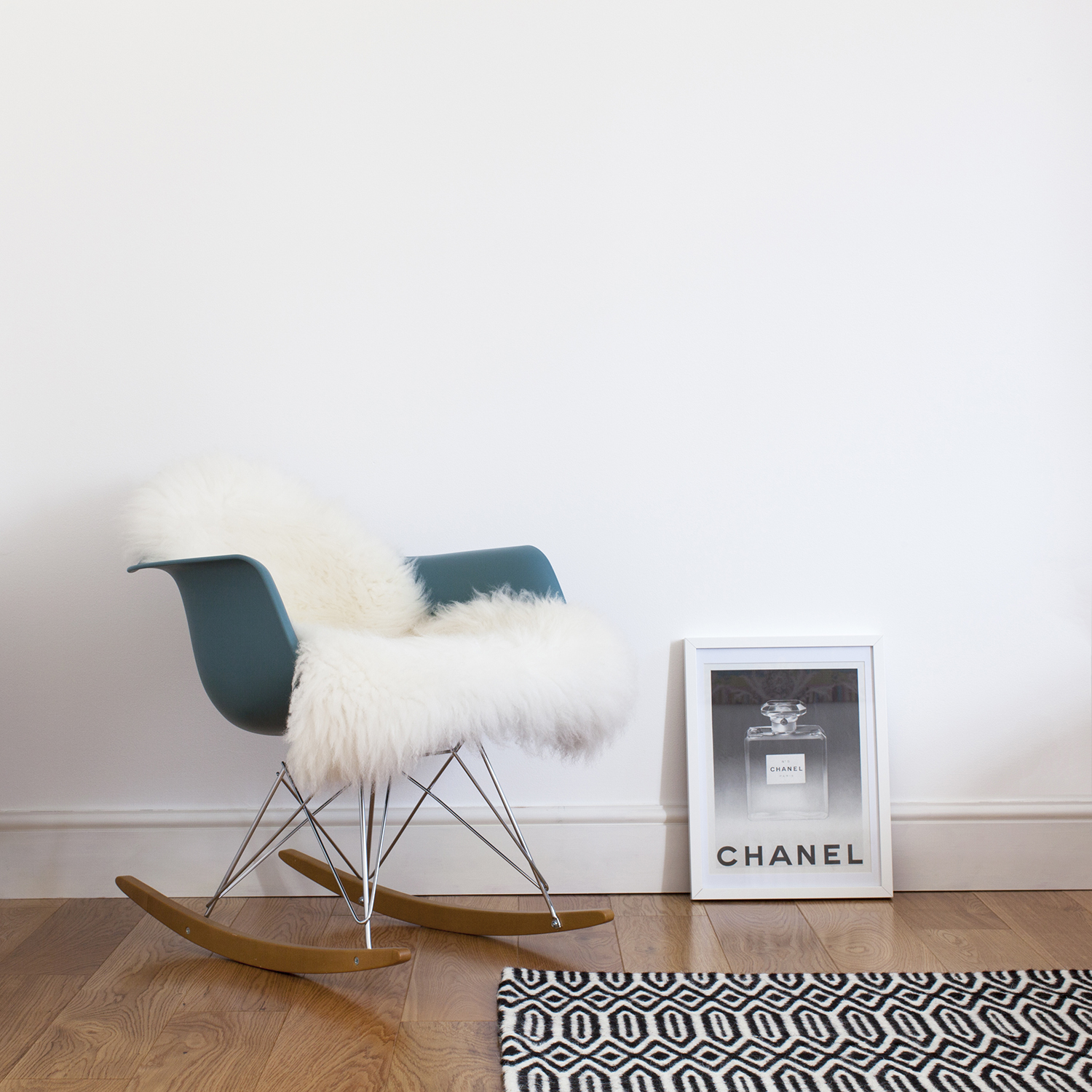 Decluttering My Home: My Journey to Minimalism | natashadenness.co.uk (photo of a rocking chair)