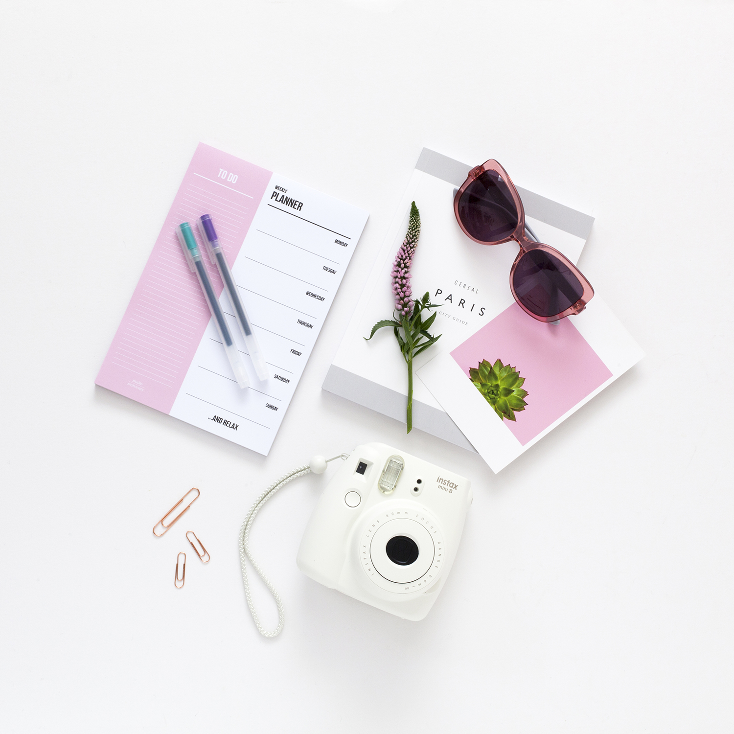 5 Quick and Easy Steps to a Stronger Online Identity | natashadenness.co.uk (Photo of some desk items)
